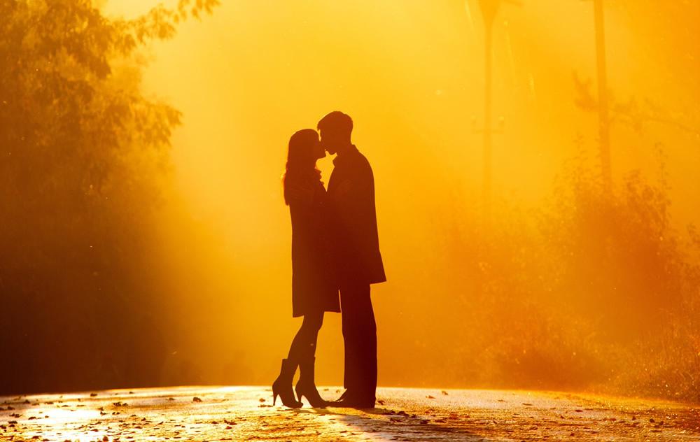 ¿Cómo enamorar a un hombre según su signo?